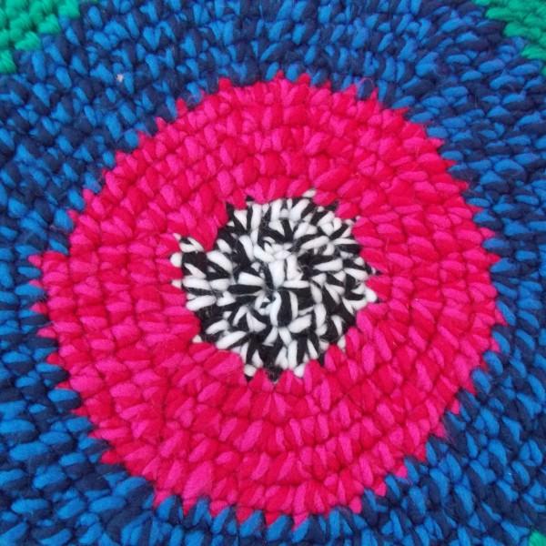 felgekleurd laag ottoman krukje - bovenaanzicht
