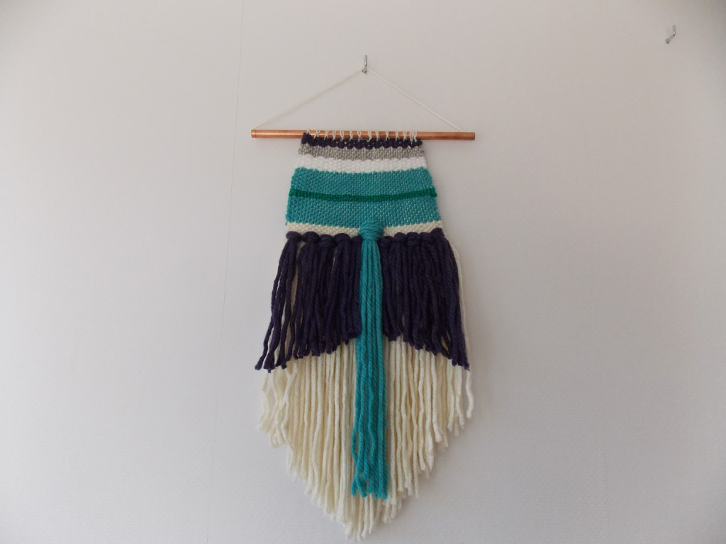 Wollen muurhanger paars-blauw
