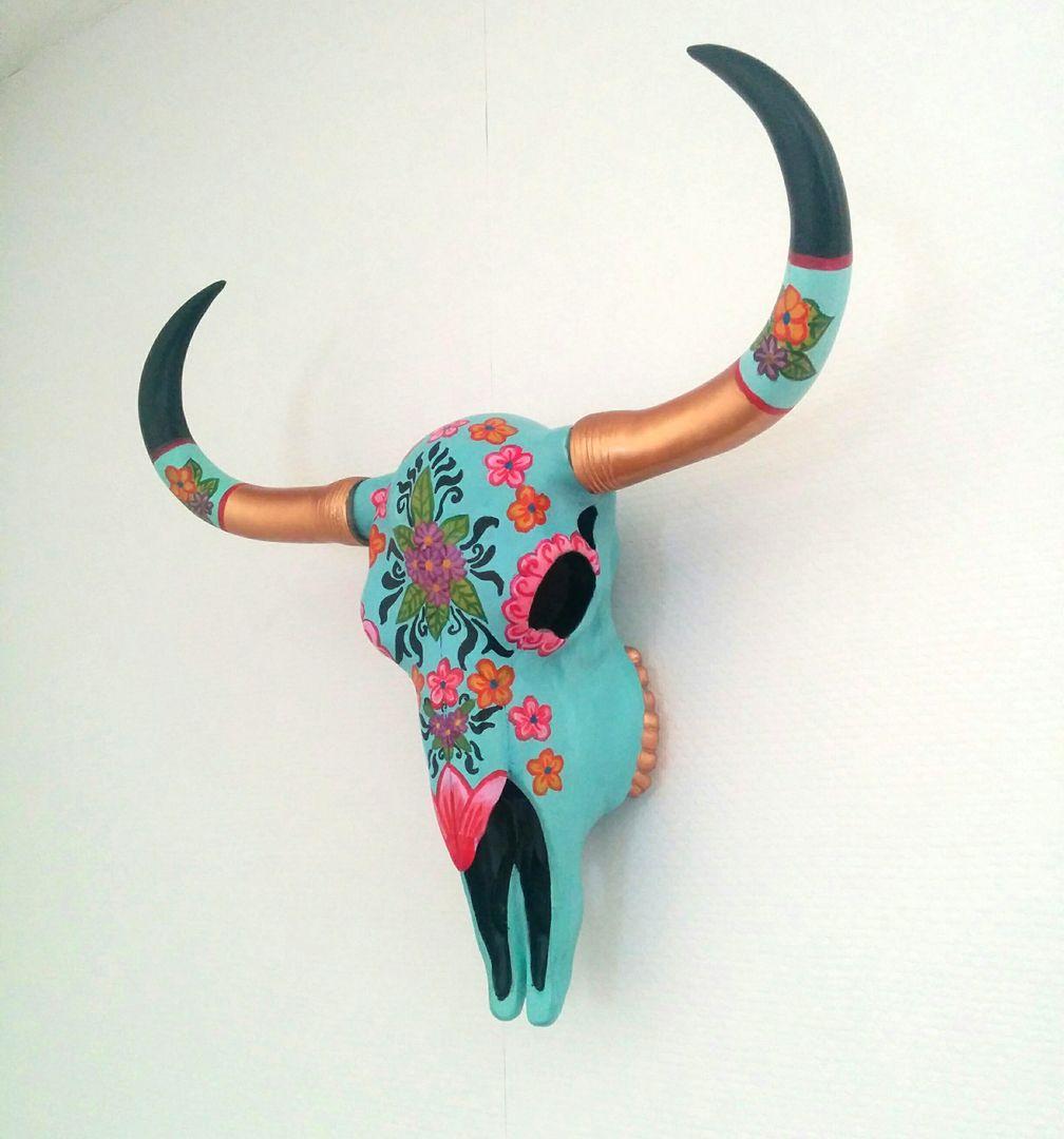 Decoratieve buffel schedel voor aan de wand handgeschilderd
