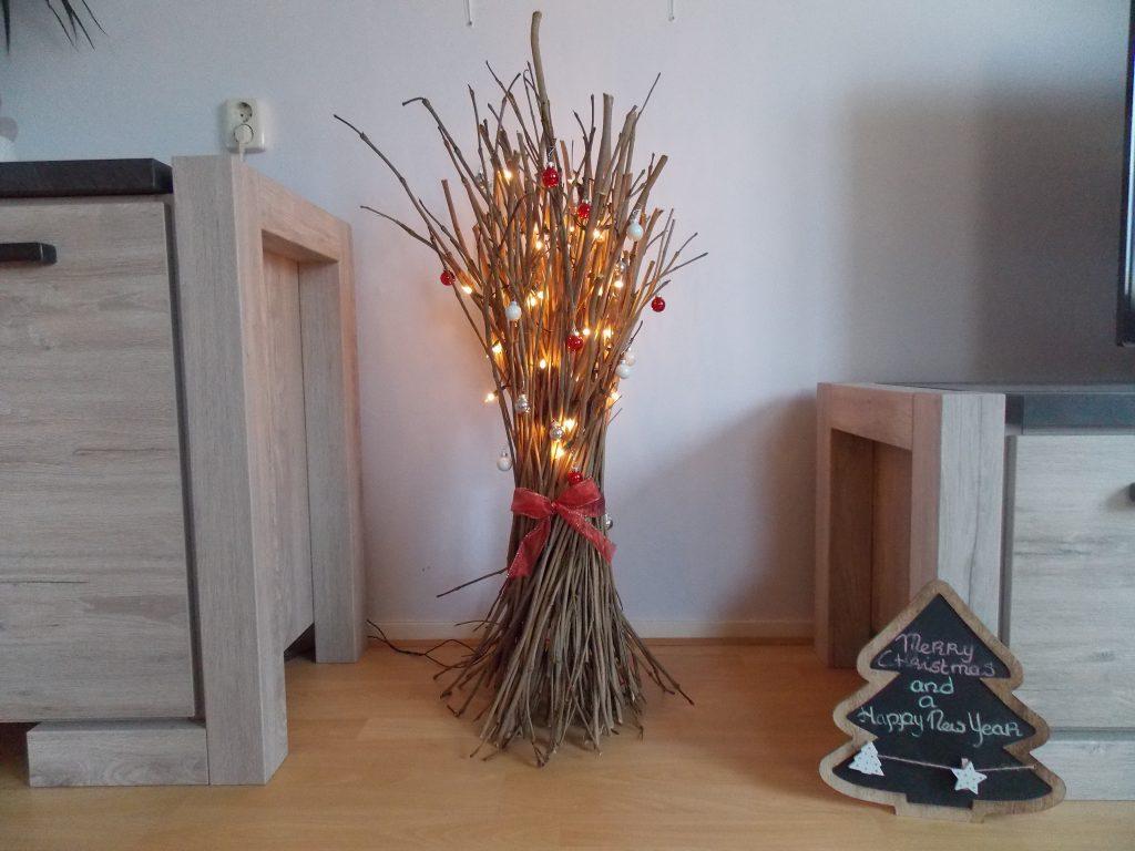Kersttakken met verlichting tegen budgetprijs maken | Kleurvol Wonen